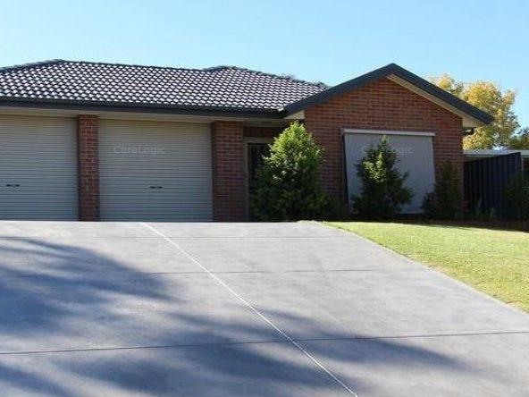5a Frances Avenue, Para Hills, SA 5096