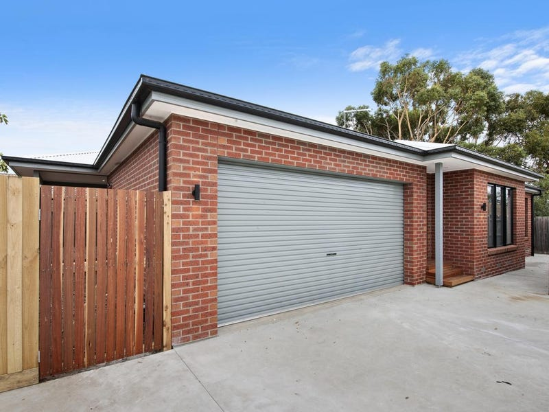 2/258a Humffray Street North, Brown Hill, Vic 3350
