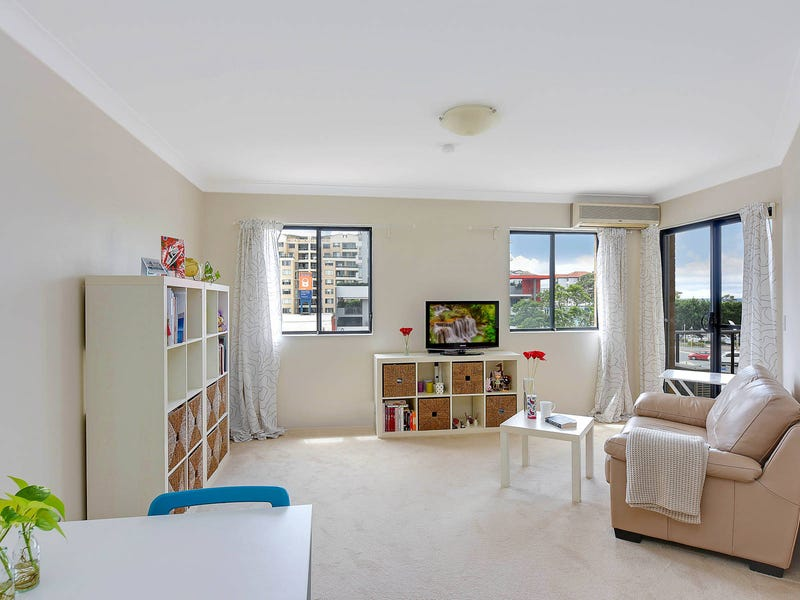 32/6-8 College Crescent, Hornsby