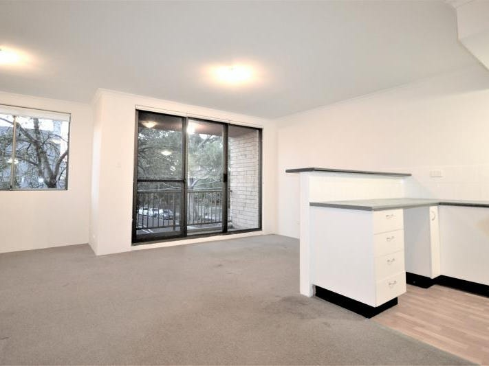13/2 Goodlet Street, Surry Hills, NSW 2010