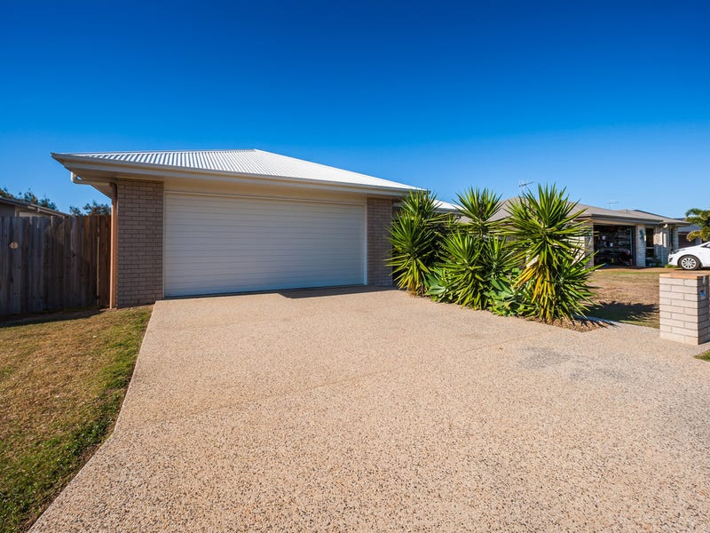 4 McCallum Close, Coral Cove, Qld 4670