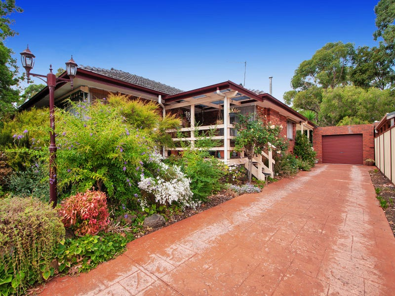 65 Francis Cres, Ferntree Gully, Vic 3156