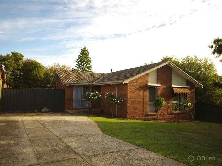 9 Giles Court, Endeavour Hills, Vic 3802