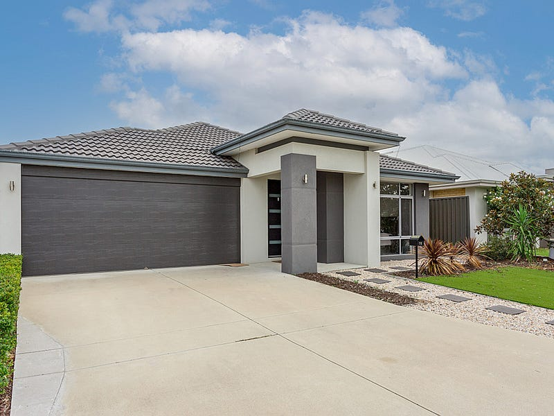 11 Ruffle Approach, Piara Waters, WA 6112