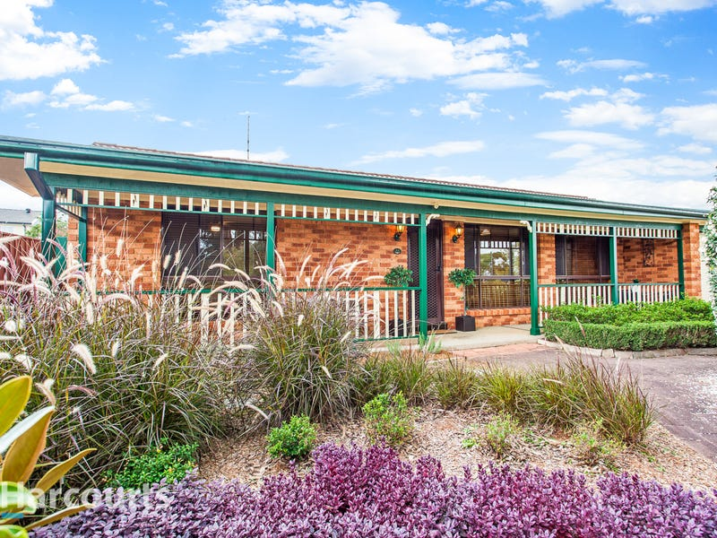 13 Sunndal Close, St Clair, NSW 2759