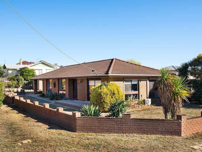 37 Lawrence Street, Castlemaine, Vic 3450