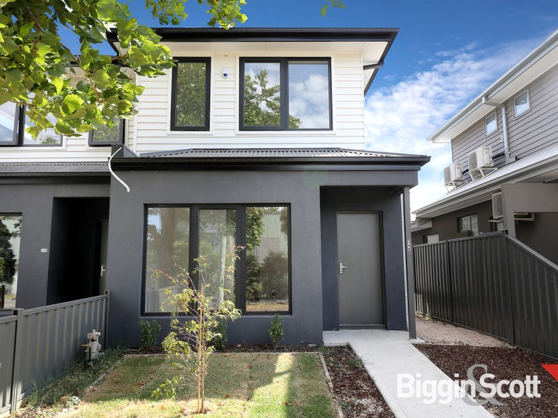 2/34 Indwe Street, West Footscray, Vic 3012