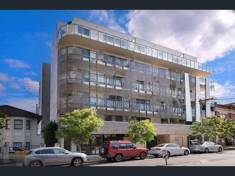 Apartments & Units For Rent in St Kilda, VIC 3182 (Page 1