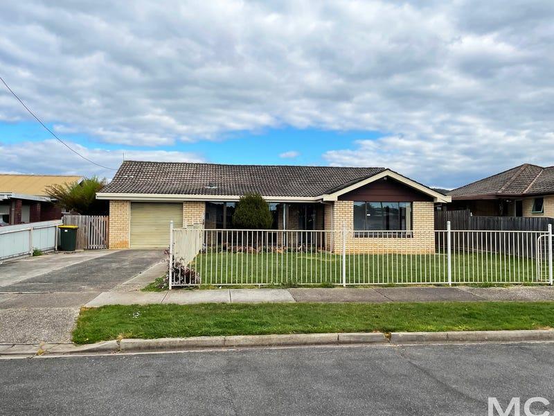 17 Wirreecoo Avenue, Devonport, Tas 7310