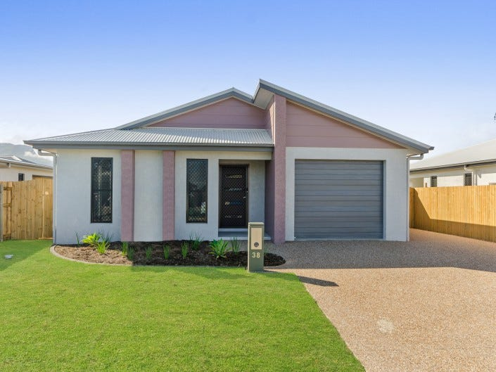38 Wakeboard Circuit, Kelso, Qld 4815