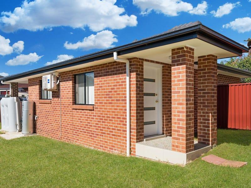4a Ferraro Close, Edensor Park, NSW 2176