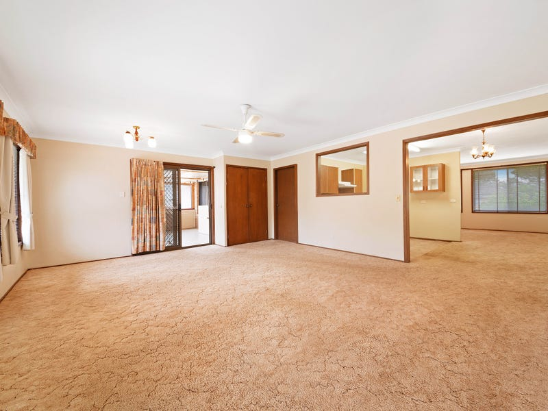 12 Ferndell Way, Berkeley Vale, NSW 2261