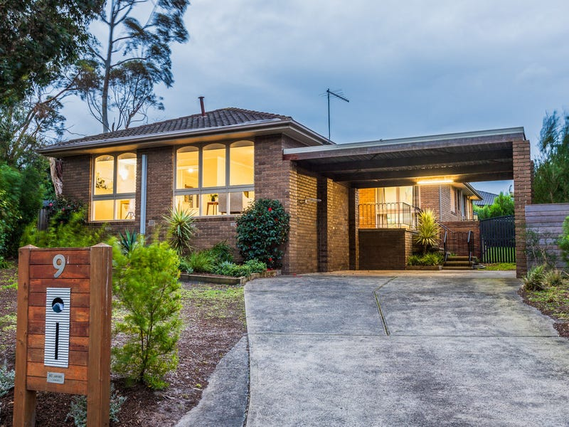 9 Goldborough Court, Frankston South, Vic 3199