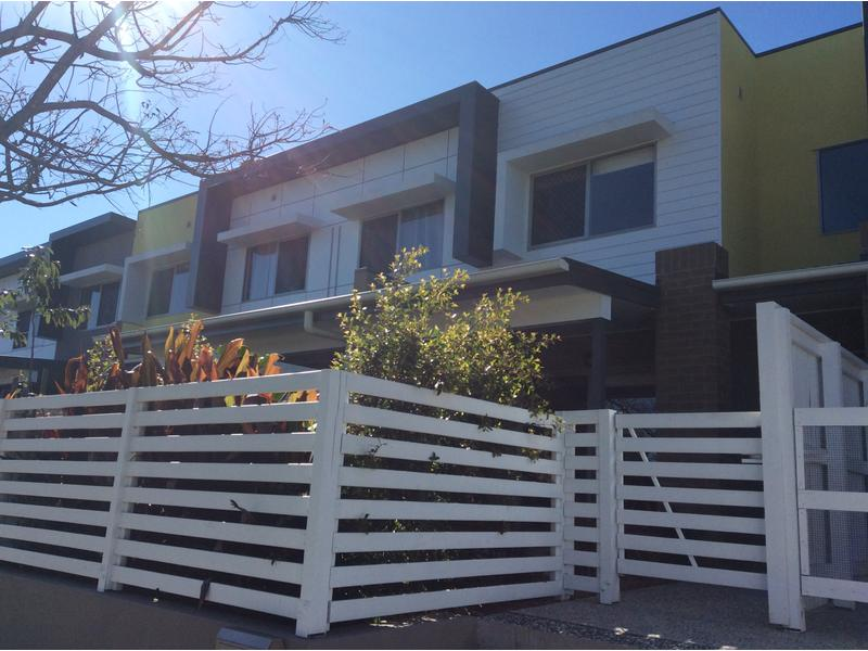 Two Bed Townhouse/313 Turton Street, Coopers Plains