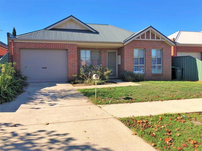 12 Somerset Avenue, Lake Gardens, Vic 3355