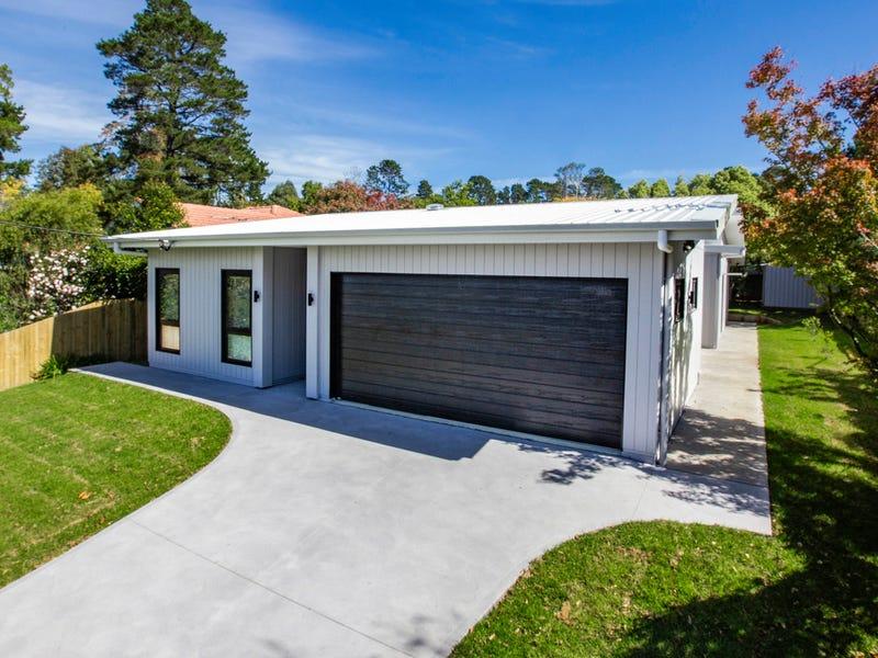10 Pine Street, Hazelbrook, NSW 2779