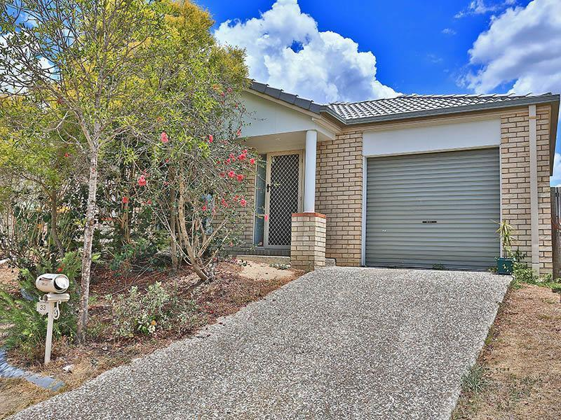33 Griffen Place, Crestmead, Qld 4132