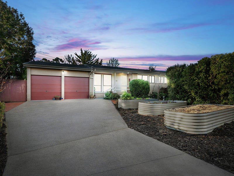 9 Wayal Place, Giralang, ACT 2617