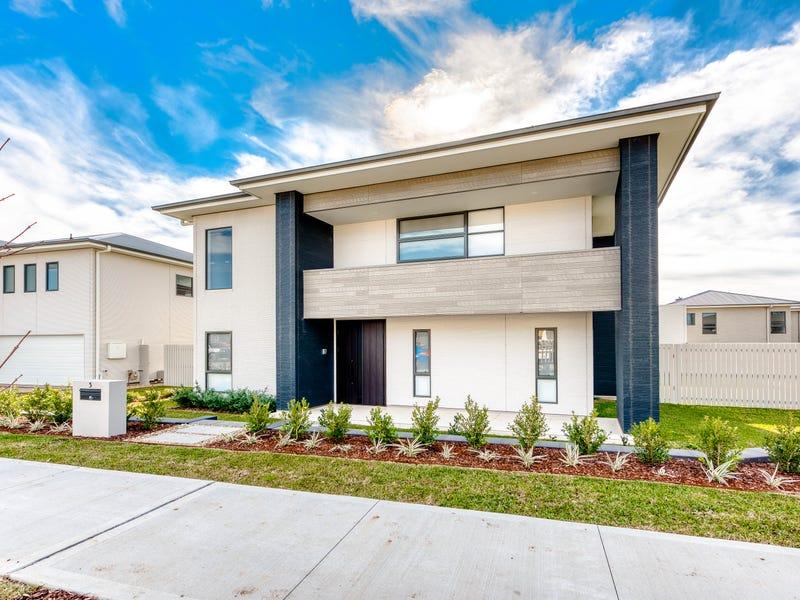 3 Haselgrove Street, Gledswood Hills, NSW 2557