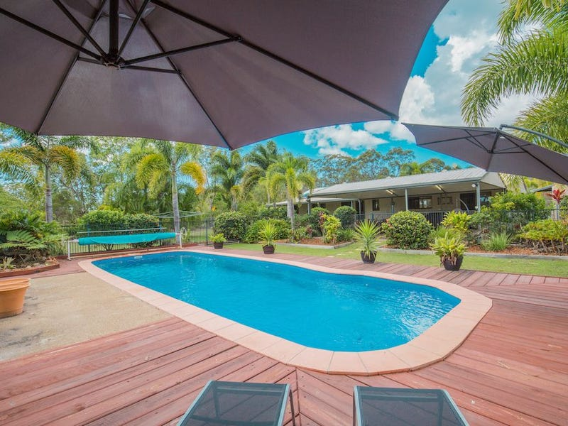 12 Bush Road, Branyan, Qld 4670