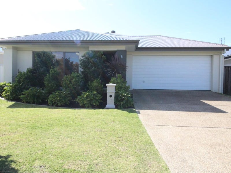 7 Severn Place, Pelican Waters, Qld 4551