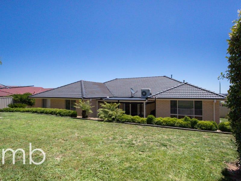 10 Bert Whiteley Place, Orange, NSW 2800