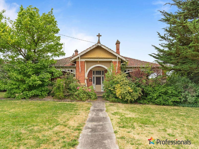 30 Clyde & Cumberland Street, Linton, Vic 3360