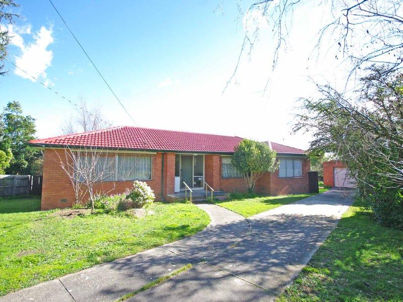 10 CORREA PLACE, Endeavour Hills, Vic 3802
