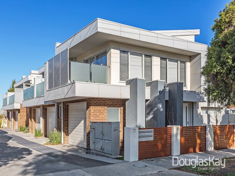 5/12 Suffolk Road Sunshine North Vic 3020 - Townhouse for Rent