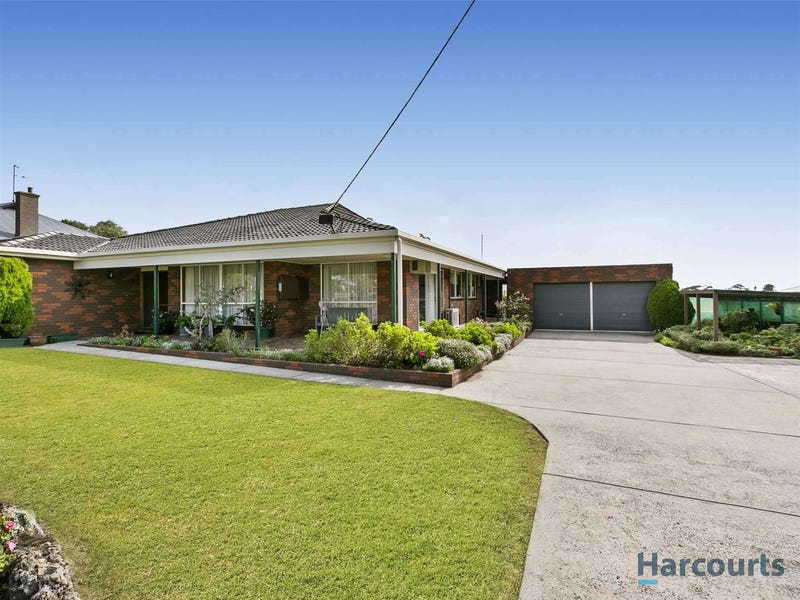 32 Nyora Road, Poowong, Vic 3988