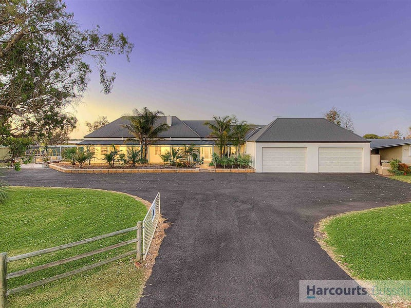 27 Estuary Waters Drive, Reinscourt, WA 6280