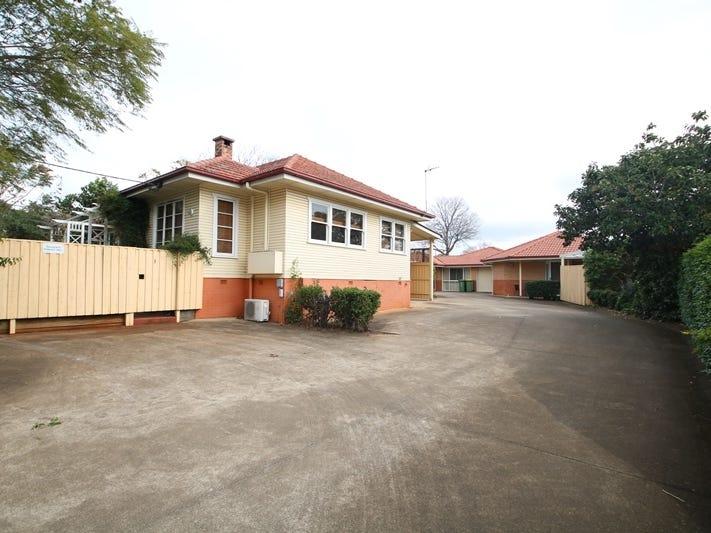 2/27 Norman Street, South Toowoomba, Qld 4350