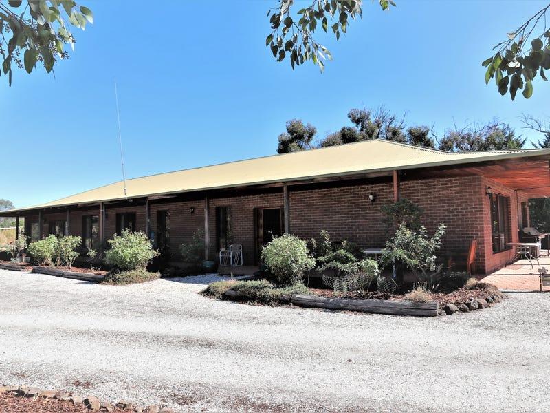 110 Dawe Road, Seymour, Vic 3660