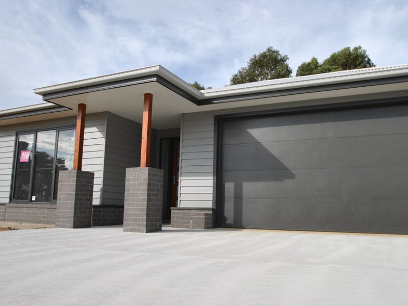 34 ROYAL PLACE, Leongatha, Vic 3953
