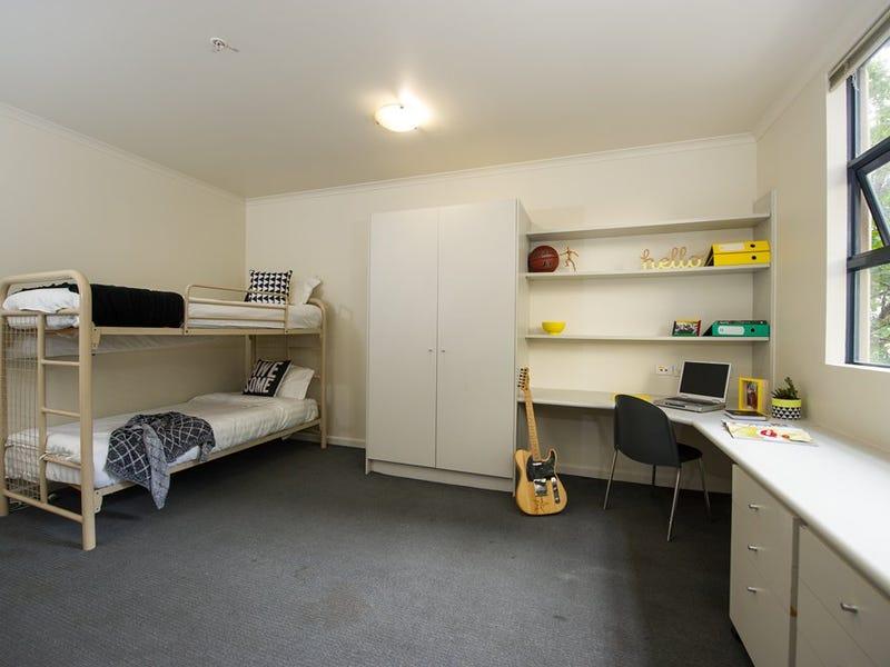 Twin Share Room /106-116 A'Beckett Street Melbourne Vic