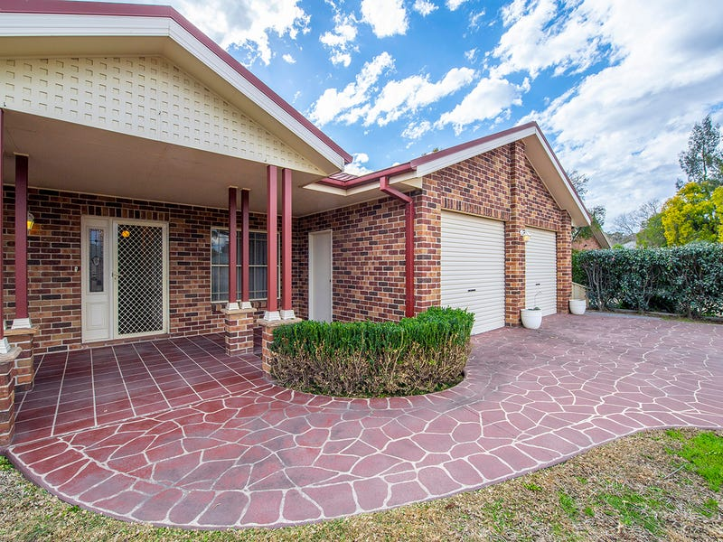 6 St Andrews Place, Muswellbrook, NSW 2333