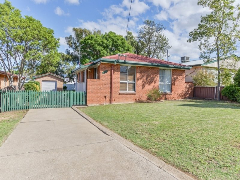 29 Warren Street, Tamworth, NSW 2340