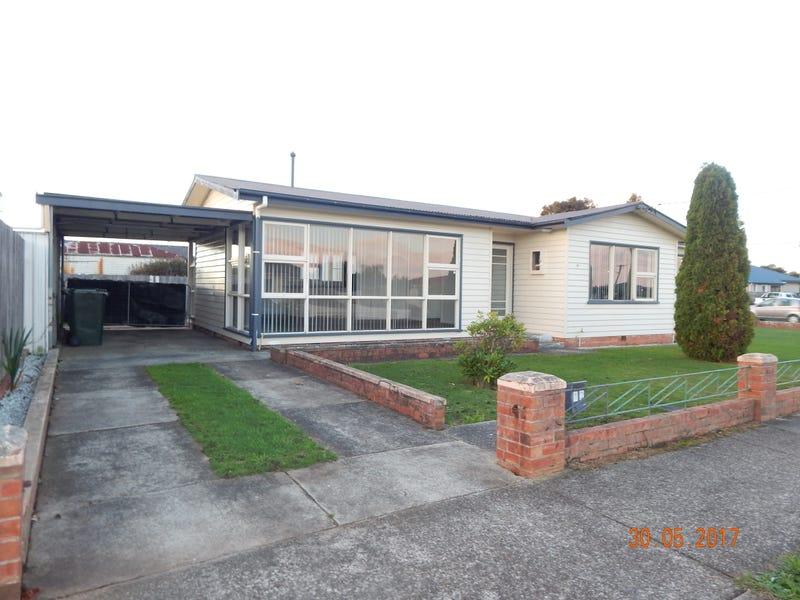 12 Charles Street, Devonport, Tas 7310