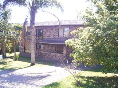 17a Peninsula Drive, Surfside, NSW 2536