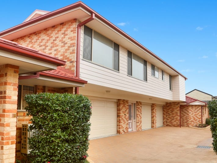 2/55 Russell Street, East Gosford, NSW 2250