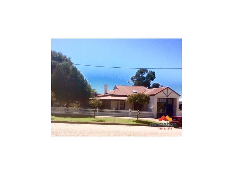 24  Park Street, Pingelly, WA 6308