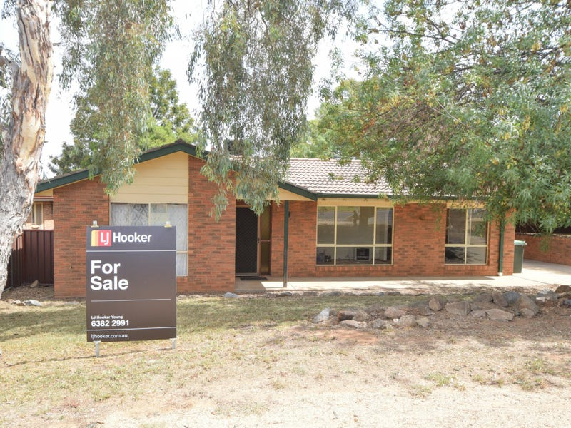 108 Blackett Avenue, Young, NSW 2594