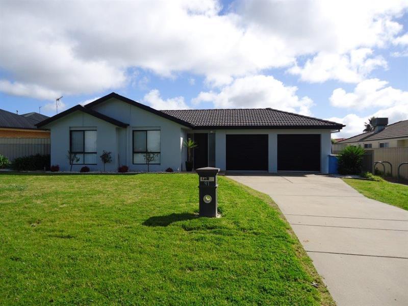 91 Yentoo Drive, Glenfield Park, NSW 2650