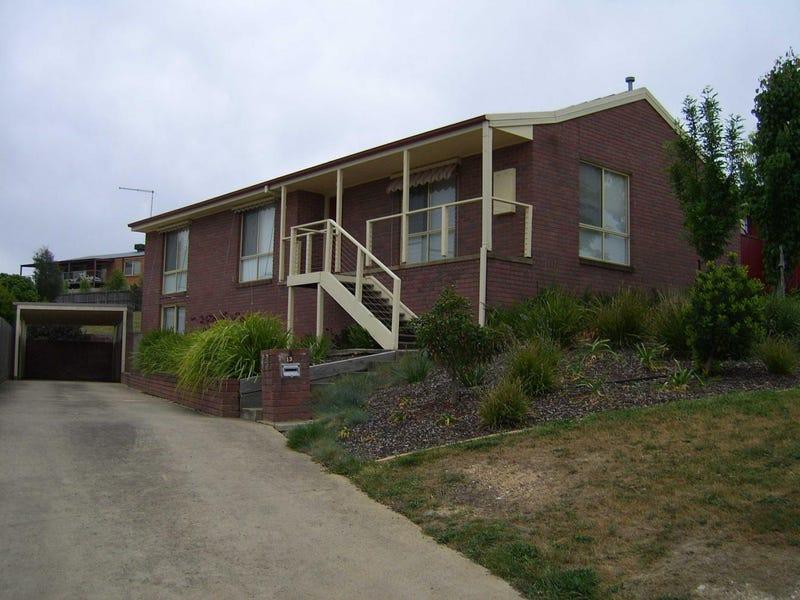 13 Manna Gum Heights, Mount Pleasant, Vic 3350