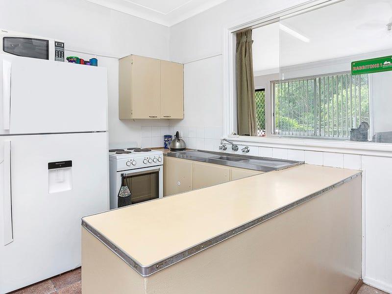 3 Cambridge Road, Dapto, NSW 2530