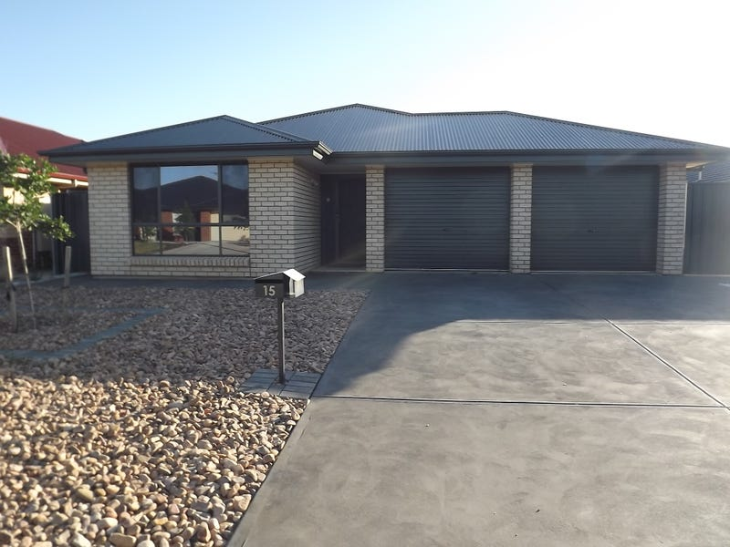 15 Oxford Drive St, Andrews Farm, SA 5114