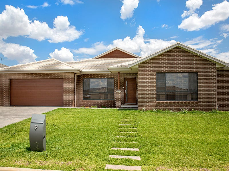 9 Burgundy Way, Tamworth, NSW 2340