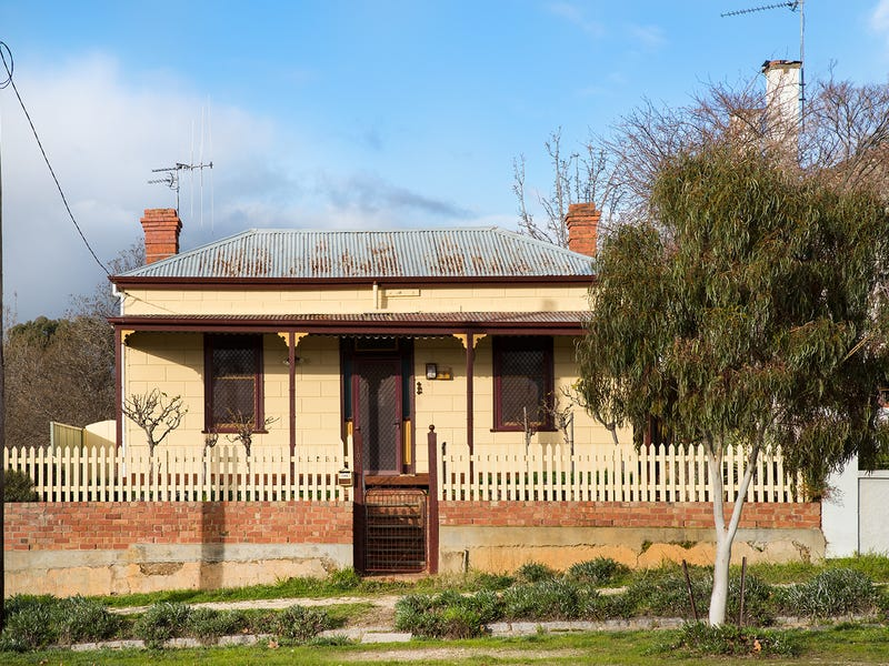 102 Hargraves Street, Castlemaine, Vic 3450