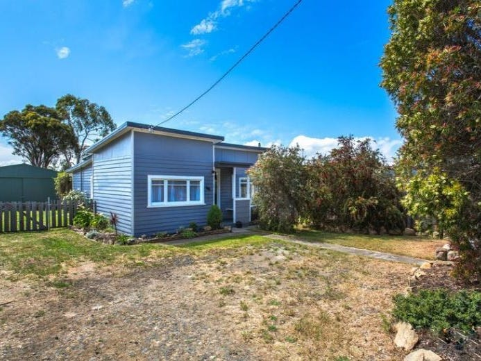 46 North Terrace, Lauderdale, Tas 7021