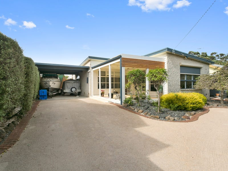 135 Kananook Avenue, Seaford, Vic 3198